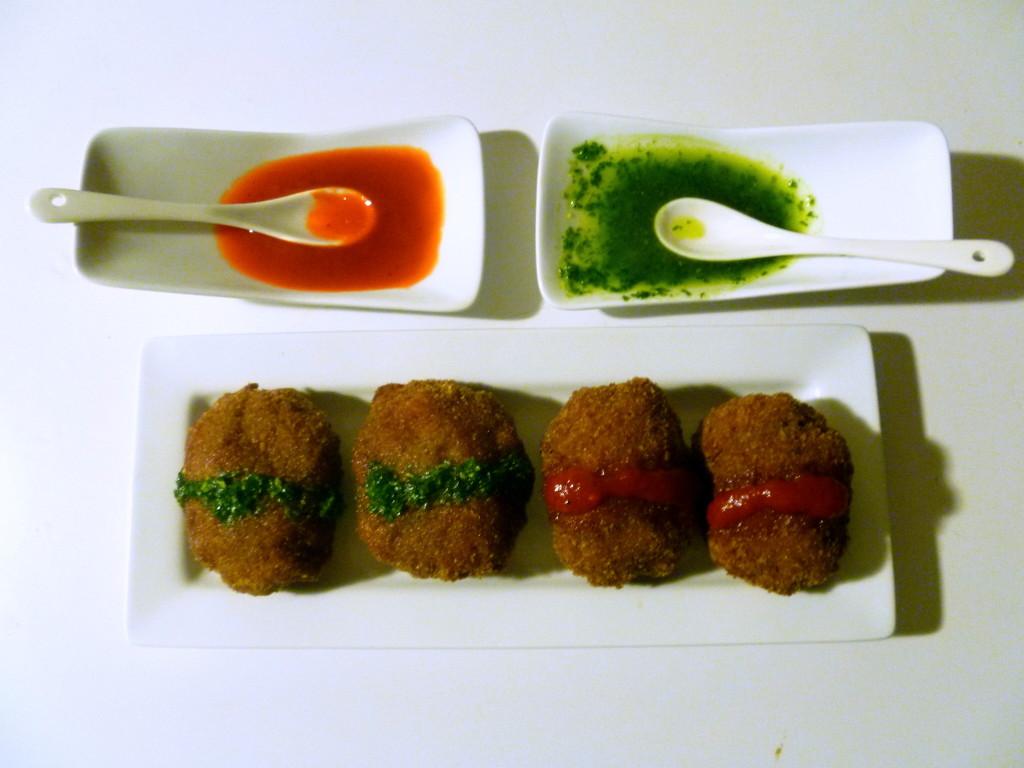 bistec romano con dos salsas