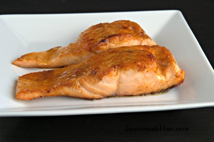 salmon-glaseado-con-sake-comida-japonesa