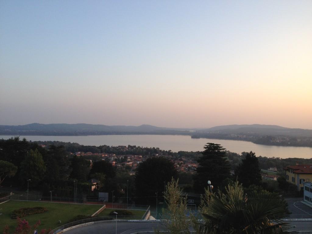 atardecer lago maggiore