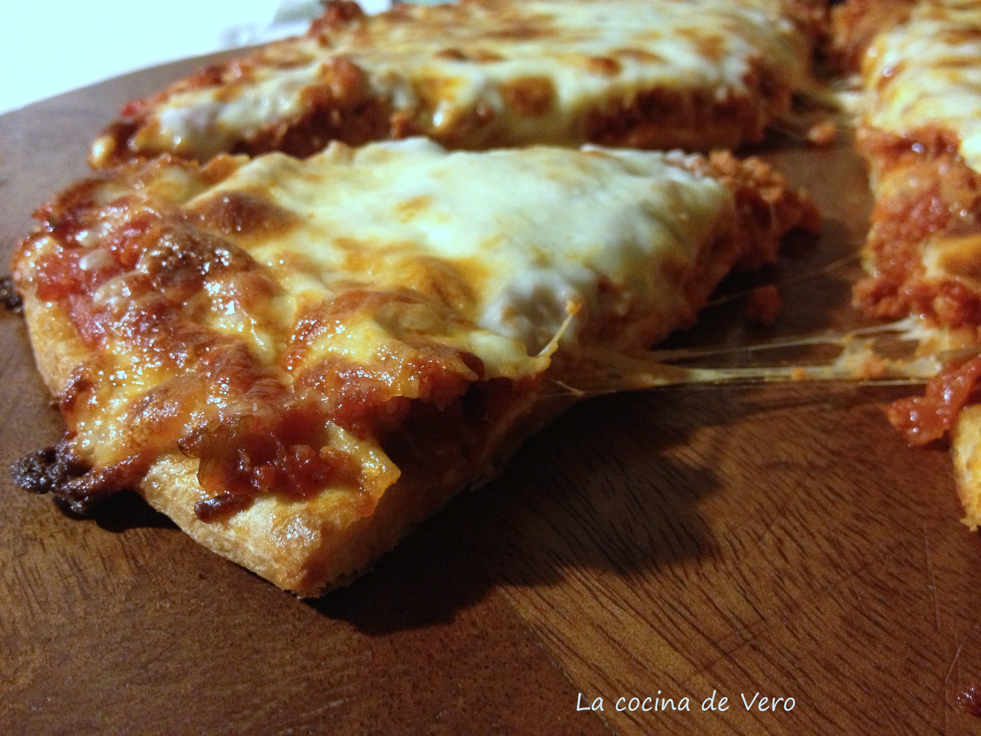 slice de pizza de chorizo de rey pizza