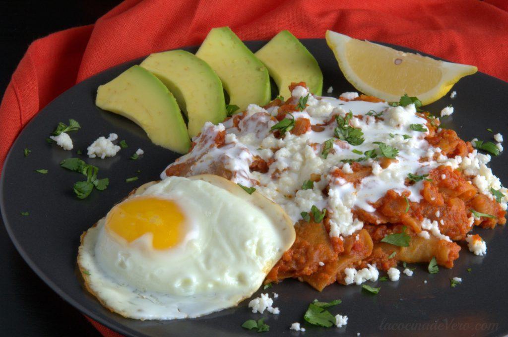chilaquiles-con-chorizo