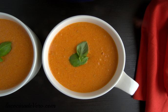 Crema de tomates y pimientos asados