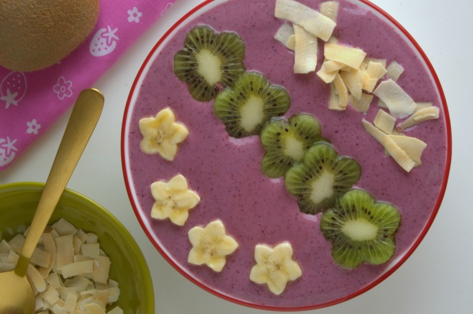 Smoothie bowl divertido y nutritivo